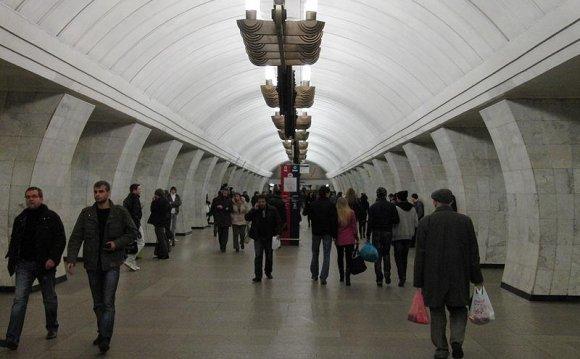 161 станция метро Дубровка