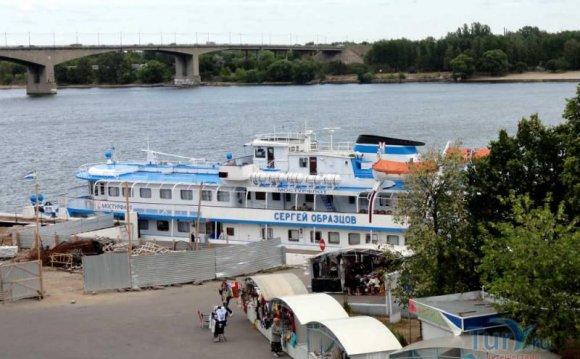 В Ярославле речной вокзал